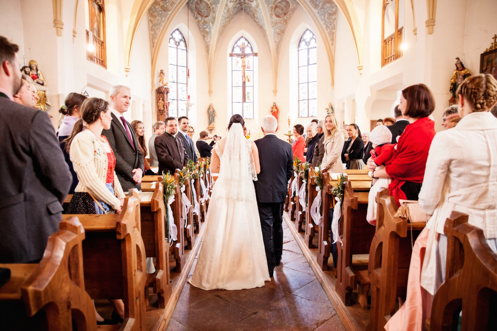 Loveflare Kirche Hochzeitsfoto